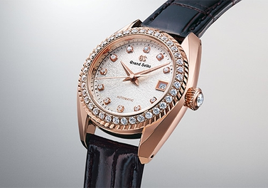 Slimness and performance in perfect balance. The new automatic Grand Seiko caliber for women.