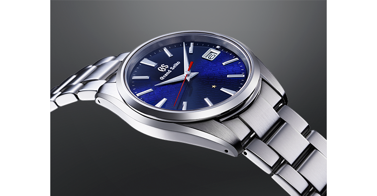 A new quartz movement that maintains its accuracy when the time zone is changed